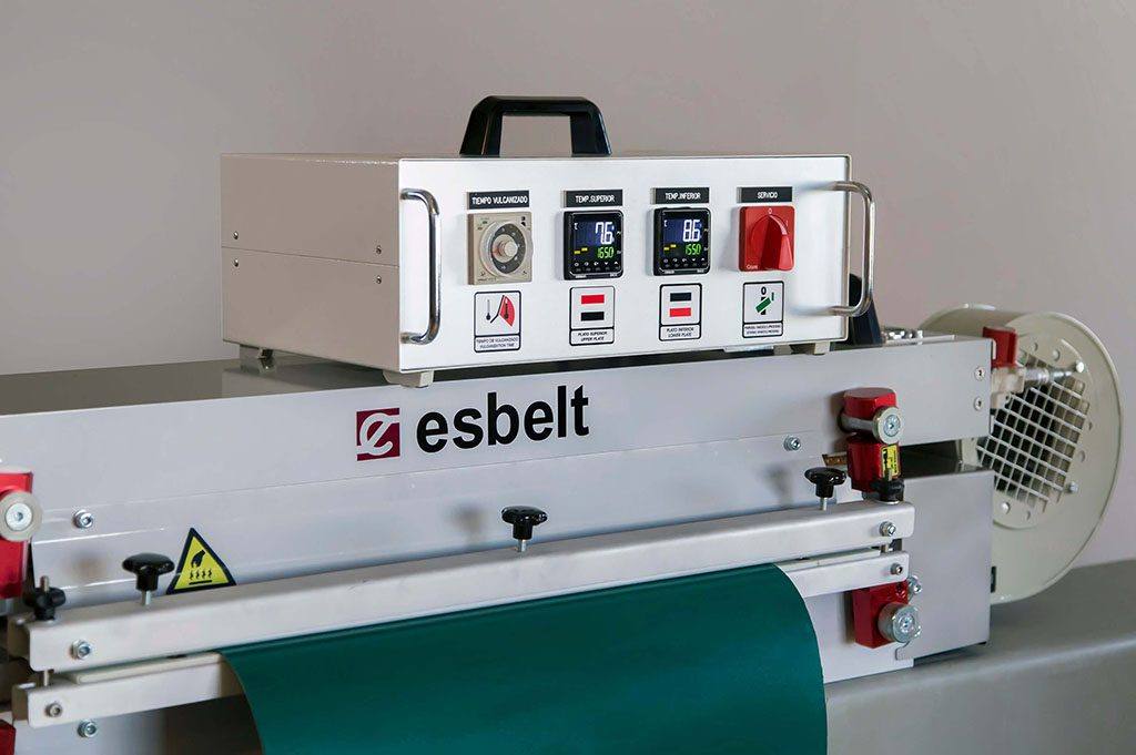 ESBELT-Machinery-for-Conveyor-Belt-Fabrication-Press600mm
